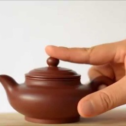 The making of Yixing teapots